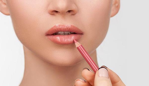 4 Lip Liner Hacks