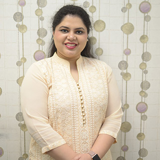 Dr. Ameesha Mahajan - Dermatologist | M.D - Skin & VD, MBBS