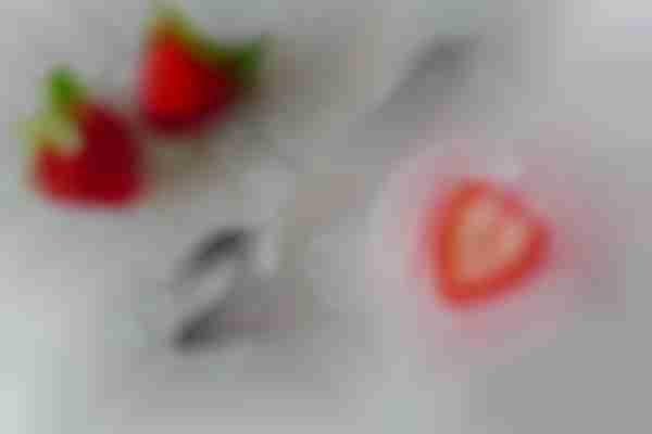 Face Strawberry + yoghurt