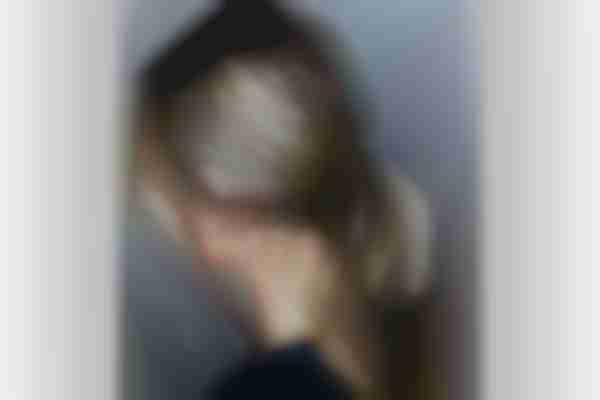 04. Baby bun low ponytail