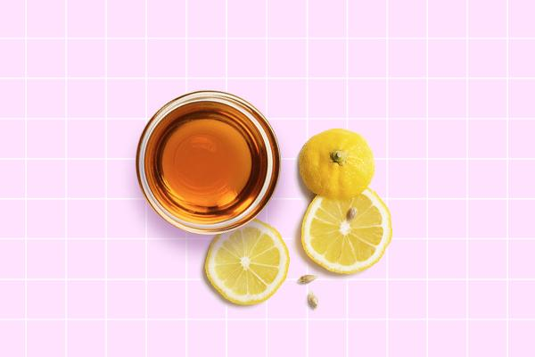 Mustard oil and lemon juice hair pack