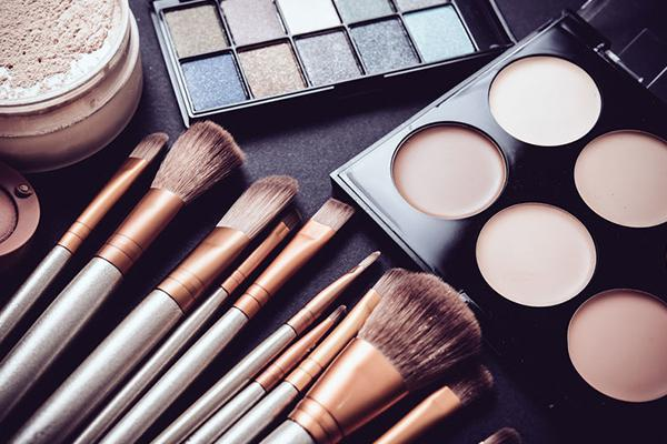 Is your makeup really dirty or is it just a myth?