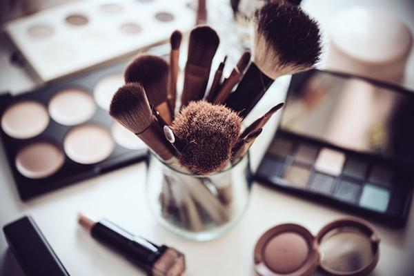 The best way to sanitise your makeup staples