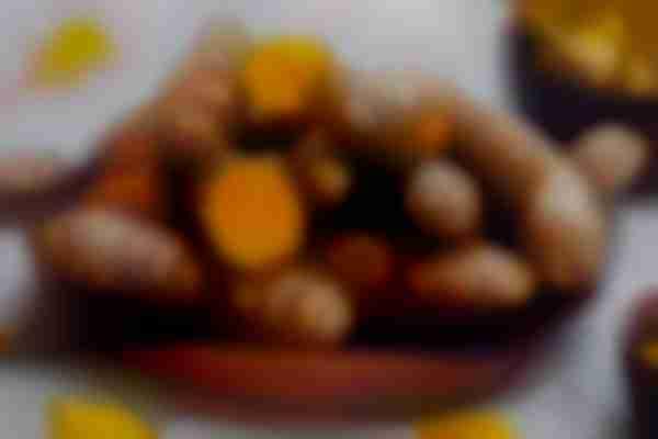 Eating raw turmeric - Skincare tips