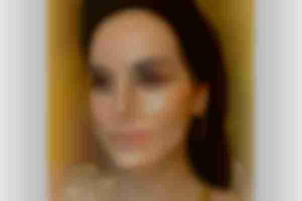Hooded eye makeup