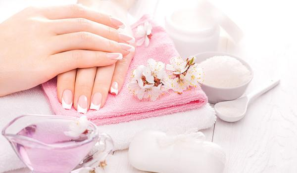 Hot oil manicure: The answer to all your nail woes